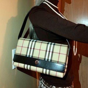 Burberry London Shoulder bag